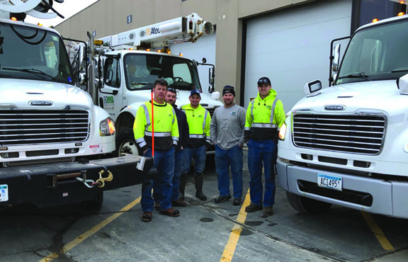five person line crew from dakota electric